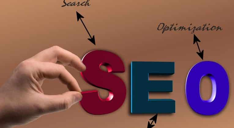 Keyword secche e query informative: come posizionarsi?